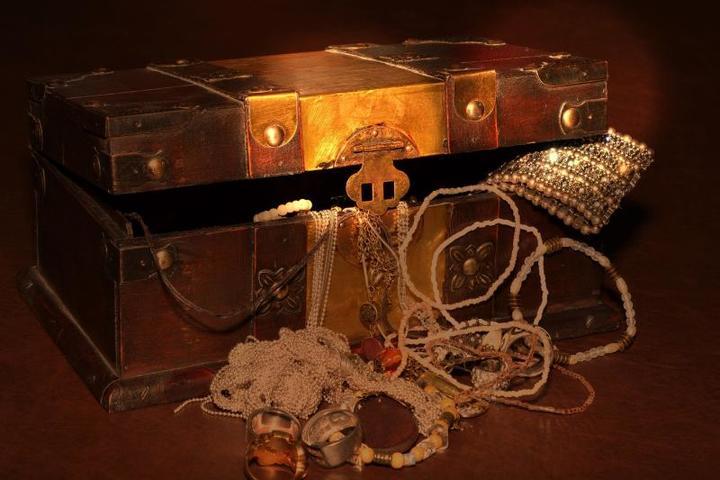 В конце войны немцы действительно прятали награбленные сокровища — как в зоне наступления советской армии, так и на западе, где наступала англо-американская группировка / https://pixabay.com
