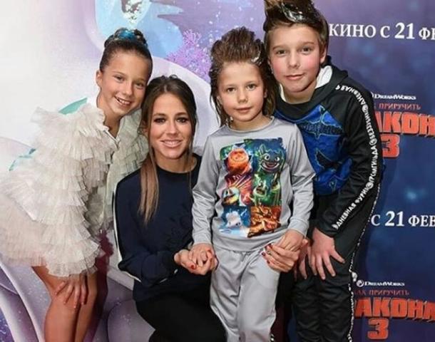 По ее мнению, люди, не общающиеся со своими детьми, глубоко больны и несчастны / https://www.instagram.com/baranovskaya_fanofficial/
