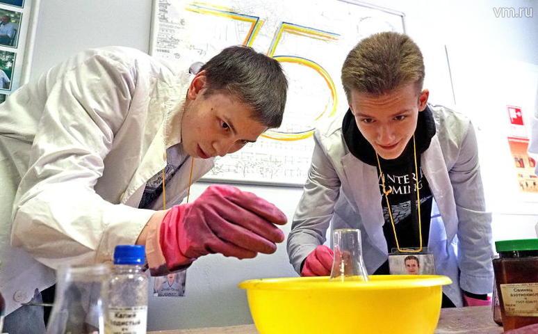 Учащиеся лицеев при МИФИ уже имеют свои инновационные разработки / Павел Волков, «Вечерняя Москва»