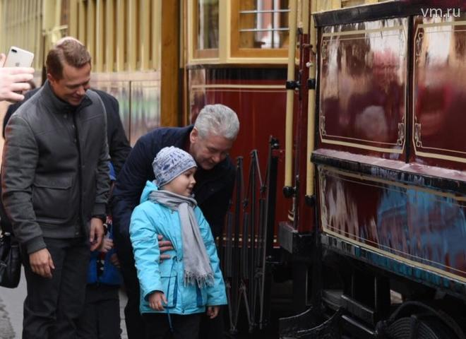 — В течение пяти лет все пути трамвайные станут менее шумные, и старые трамваи можно будет увидеть только на ретро-параде, — отметил Собянин / Владимир Новиков, «Вечерняя Москва»