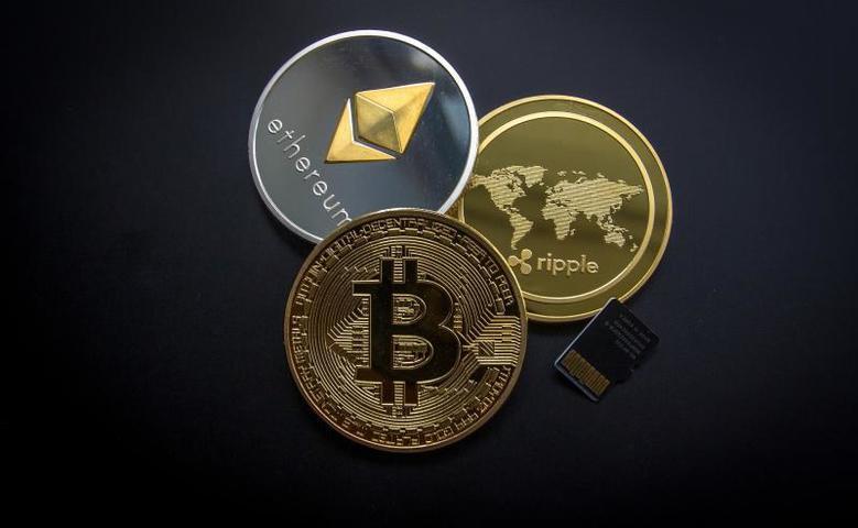 Подкриптовалютами не обязательно подразумевается тот же биткоин и его аналоги. Скорее всего, это будут некие локальныеденежные единицы / https://pixabay.com