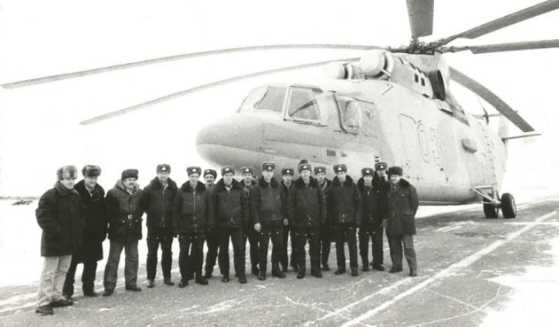 Торжок. Летный состав отряда вертолетов Ми-26. Зима, 1988 год / Из личного архива Александра Петрова
