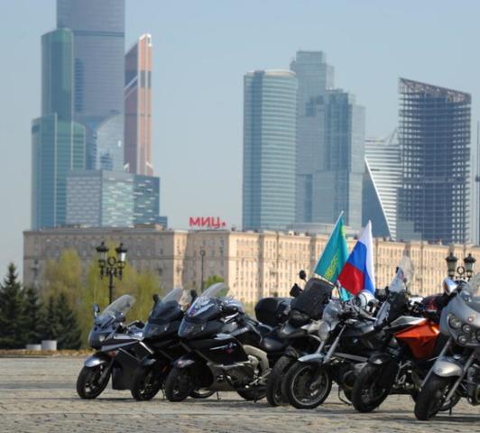 По подсчетам организаторов, примерное количество участников — 10 тысяч человек / Светлана Колоскова, «Вечерняя Москва»