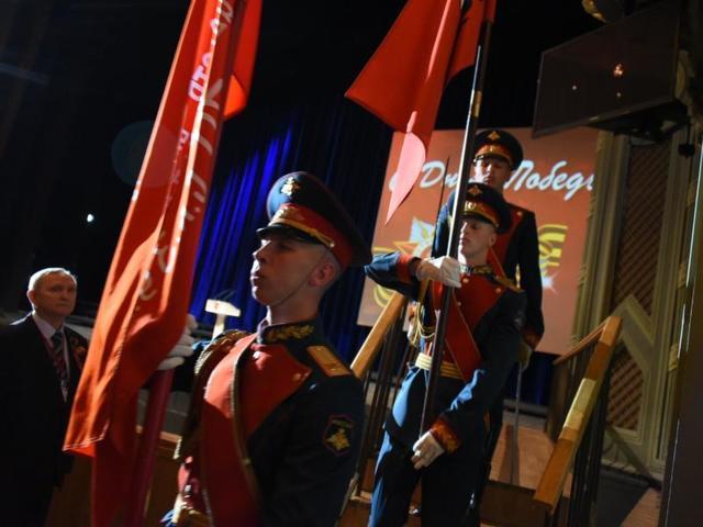 Живых ветеранов войны становится все меньше и наша главная задача — сохранить память их подвигов, отметил мэр / Алексей Новиков, «Вечерняя Москва»
