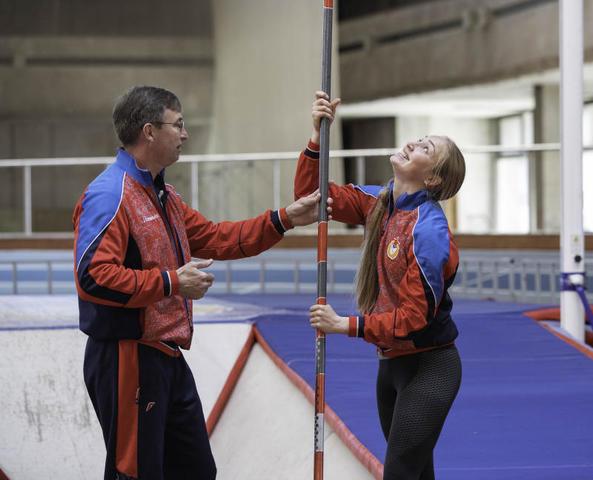 Личный рекорд Аксаны пока — 4,55 метров / Борис Бухтияров