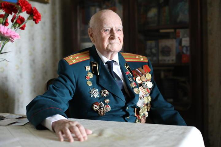 Те, кто узнал ту страшную войну хотя бы в самом младшем возрасте, никогда не забудут ее / Павел Волков, «Вечерняя Москва»