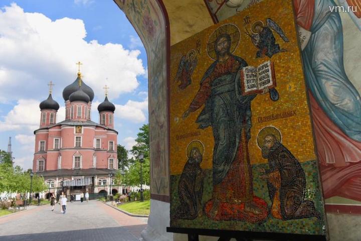 Всего на территории монастыря расположено более 30 памятников культурного наследия / Владимир Новиков, «Вечерняя Москва»
