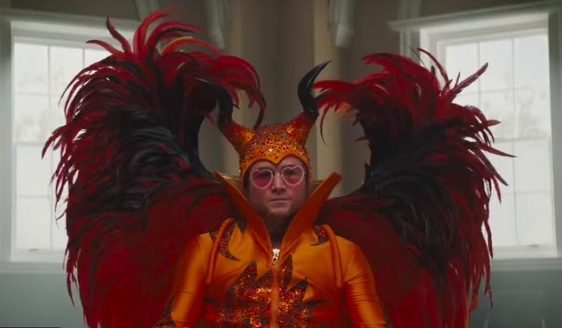 Посмотреть «Рокетмен» мы сможем не целиком, а в купированной версии: лента подверглась серьезной цензуре / Кадр из фильма «Рокетмен» (https://www.youtube.com/channel/UCF9imwPMSGz4Vq1NiTWCC7g)