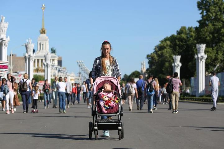 Сенатор Андрей Кутепов предложил штрафовать матерей, которые после развода запрещают отцам видеться с детьми / Кирилл Зыков / АГН «Москва»
