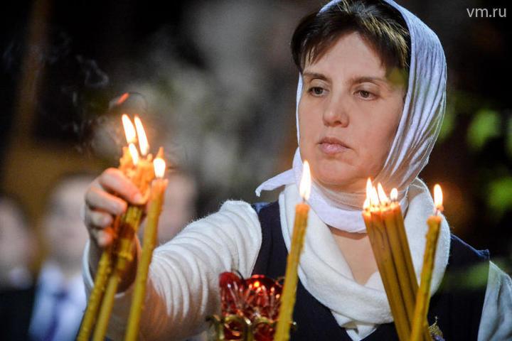 При каждой возможности надо ходить в храм, особенно в воскресенье, причащаться святых христовых тайн / Александр Казаков, «Вечерняя Москва»
