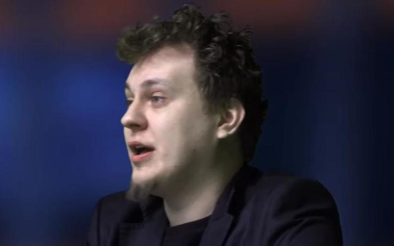 По мнению Власова, Хованский является импульсивным, ярким и активным человеком / Cкриншот с видео YouTube (Юрий Хованский)