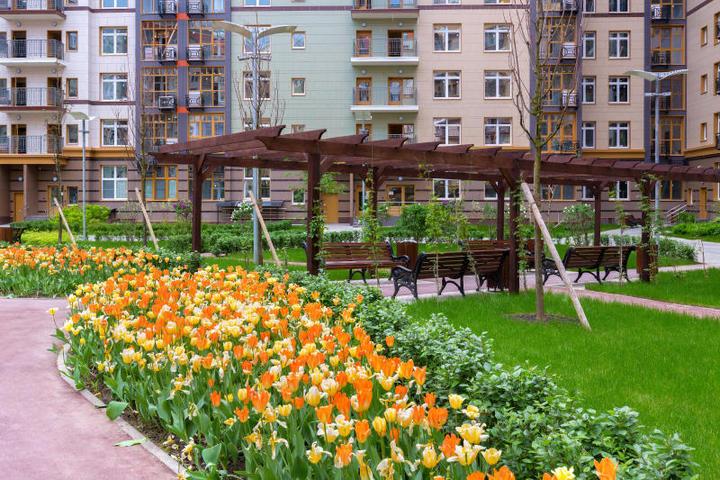 Еще один бонус для приятных прогулок — ландшафтный дизайн / Комитет по градостроительной политике и строительству города Москвы