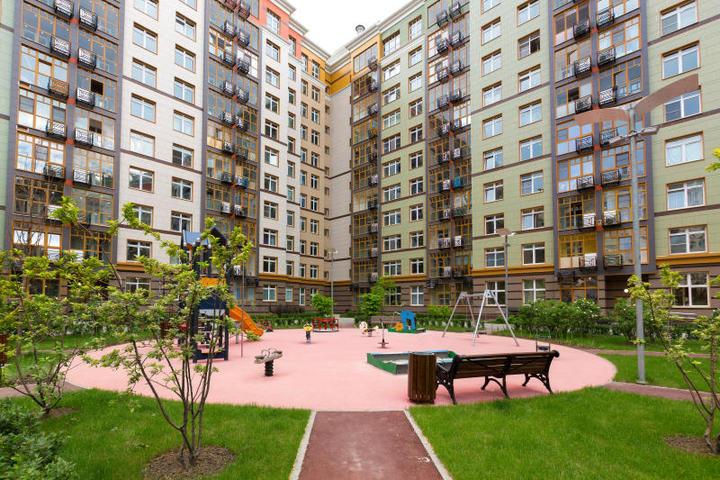 В настоящее время готовы шесть домов из десяти, многоуровневый паркинг со встроенным супермаркетом / Комитет по градостроительной политике и строительству города Москвы