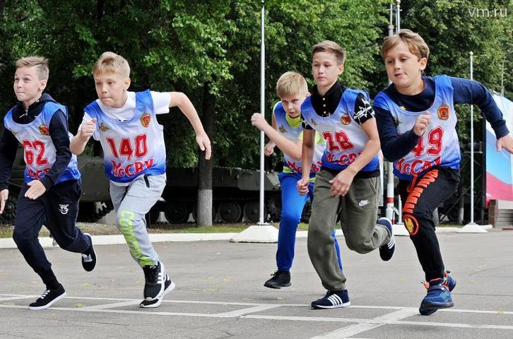 Бег на 60 метров и километр — часть экзамена / Светлана Колоскова, «Вечерняя Москва»