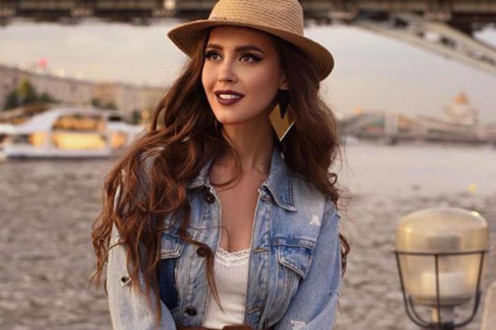 Анна Бузова пошла по стопам сестры / Аккаунт Анны Бузовой в Instagram (https://www.instagram.com/annabuzova/)