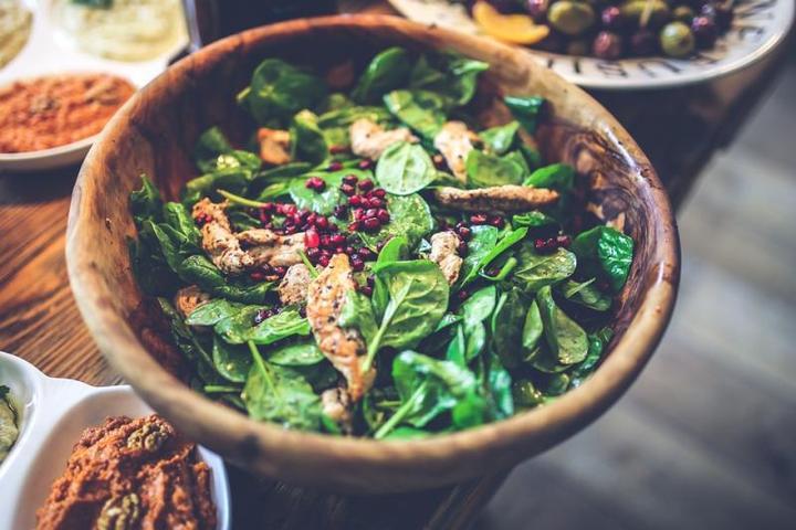 При помощи правильного питания можно контролировать вес / Free / pixabay.com