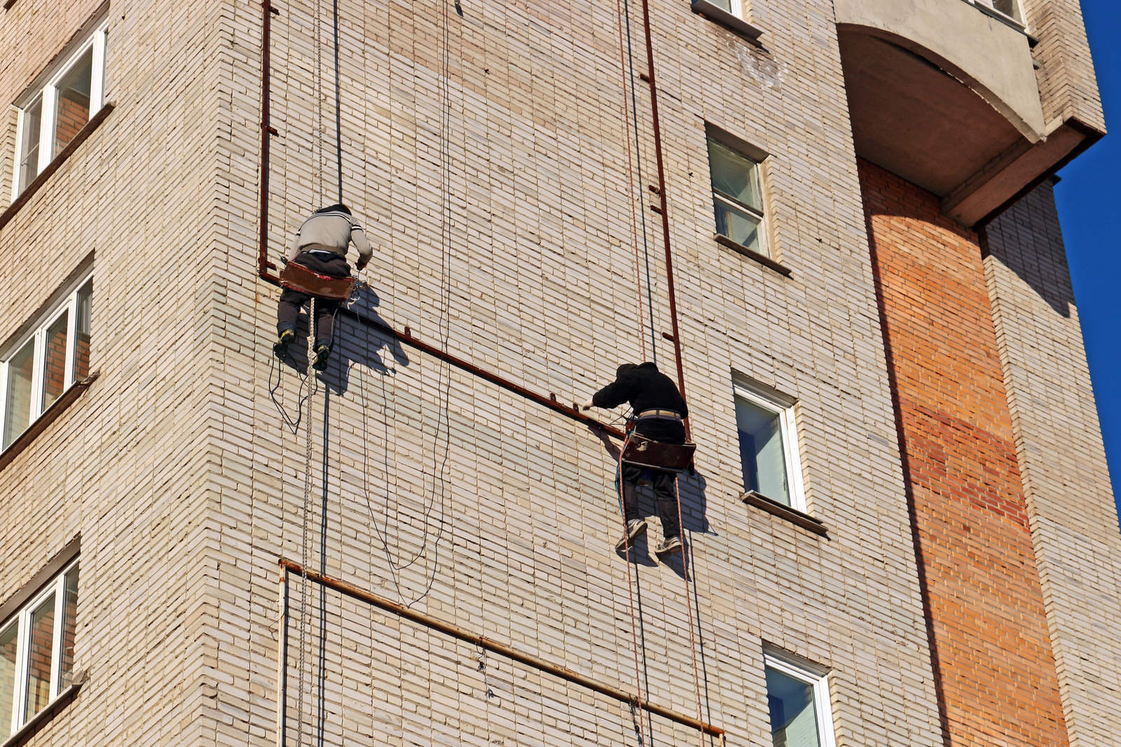 Перерезал веревки не молодой парень, а пенсионер / pixabay.com
