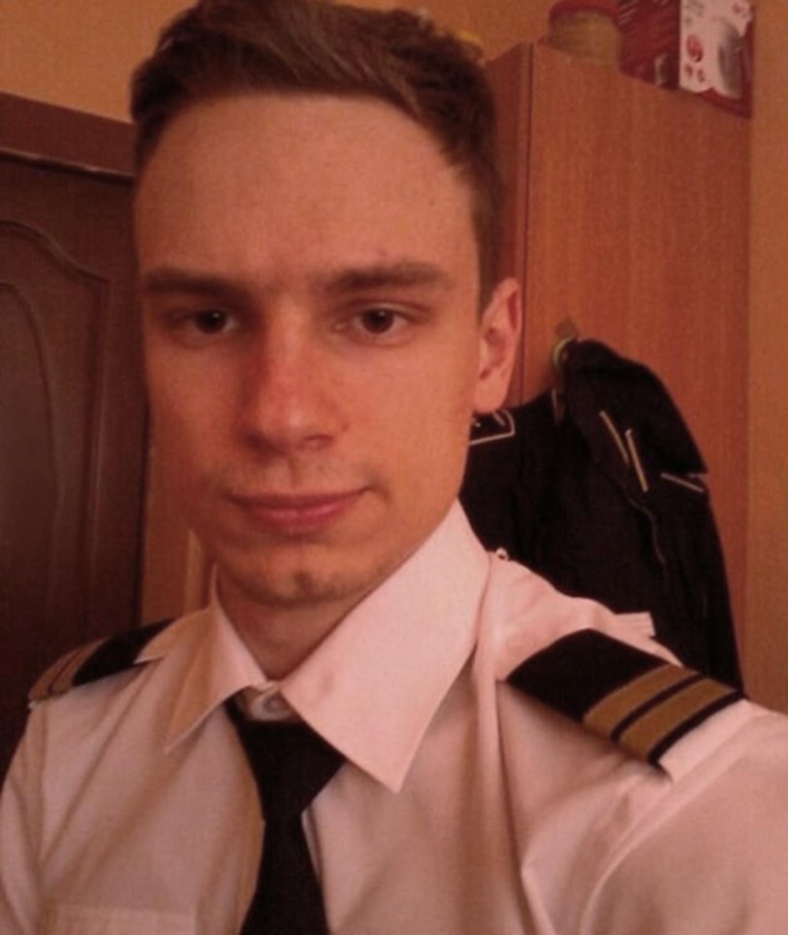 Второй пилот Георгий Мурзин / Аккаунт губернатора Свердловской области Евгения Куйвашева в Instagram (https://www.instagram.com/evgenykuyvashev/)
