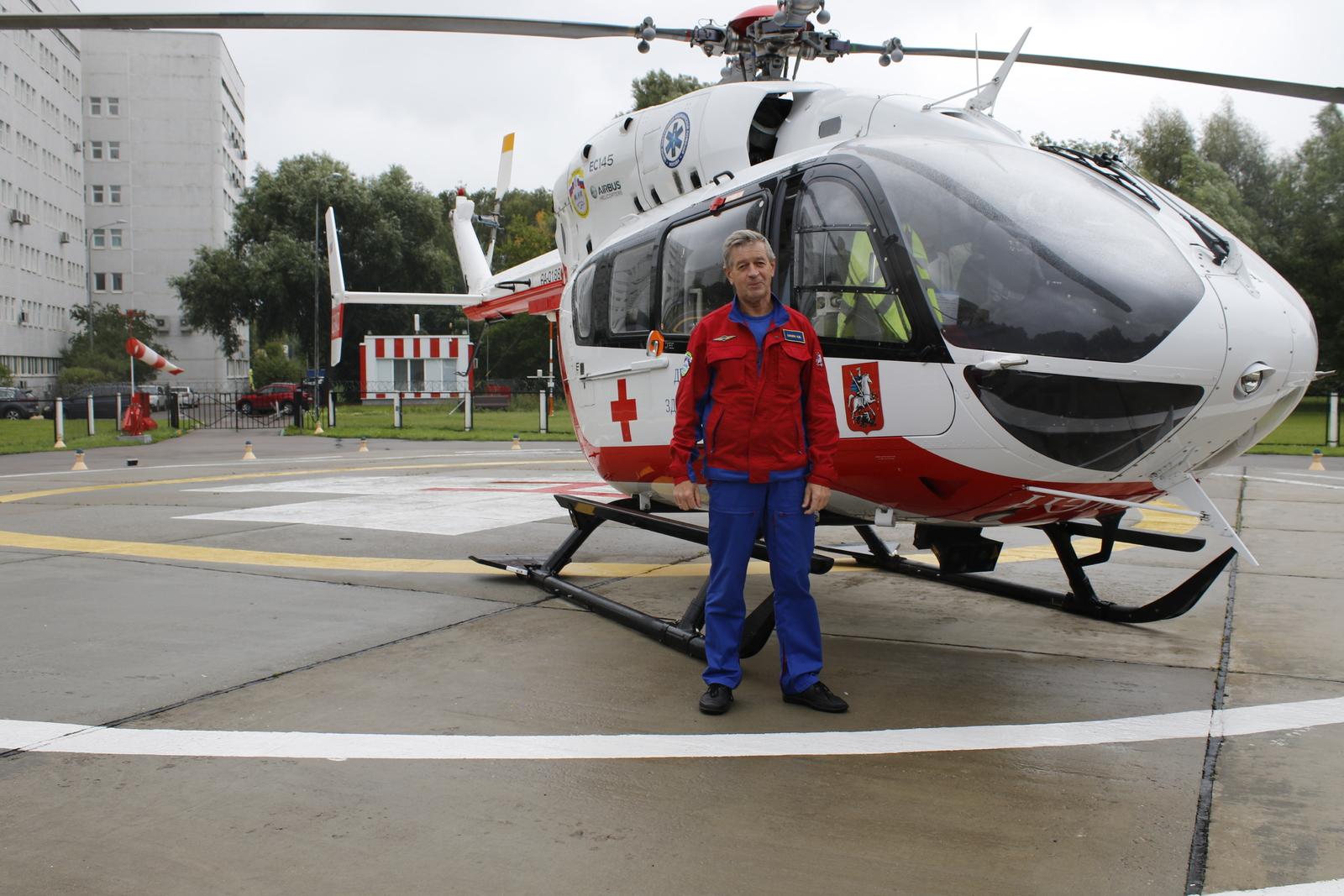 Сегодня Николай продолжает свою профессиональную деятельность в гражданской авиации / пресс-служба ГКУ «Московский авиационный центр»