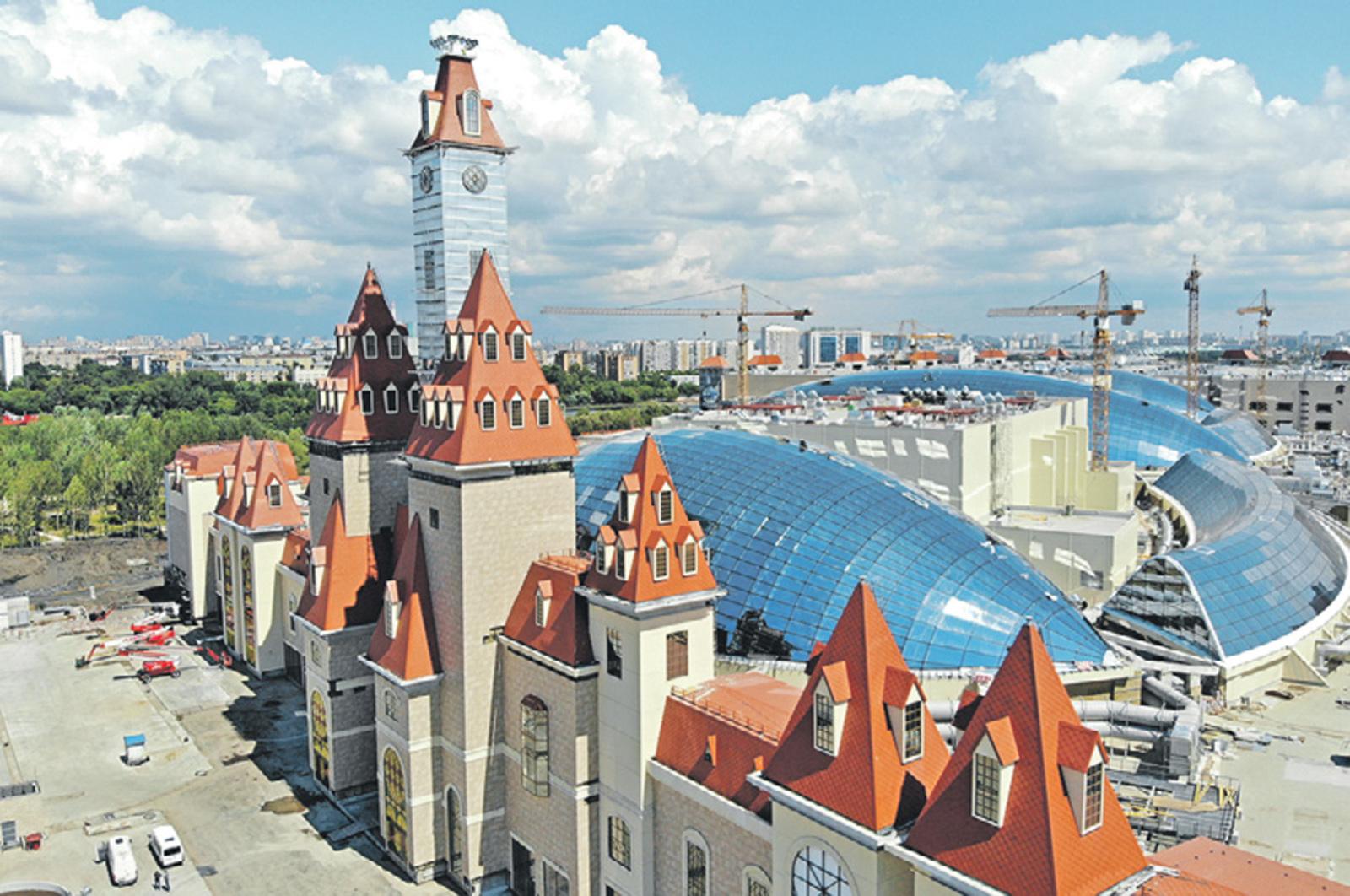 «Остров мечты» станет первым паром развлечений мирового уровня в России, а также крупнейшим в Европе и Азии и крытым всесезонным тематическим парком